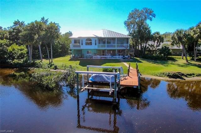 27221 Galleon Dr, Bonita Springs, FL 34135 (#220019071) :: The Dellatorè Real Estate Group