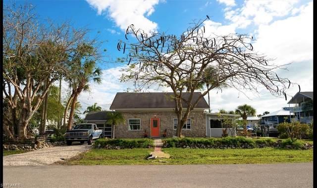760 Glendale Ave, Naples, FL 34110 (MLS #220020170) :: Dalton Wade Real Estate Group