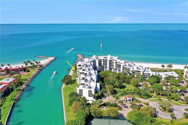2335 Gulf Shore Blvd N #706, Naples, FL 34103 (#220020221) :: Caine Premier Properties