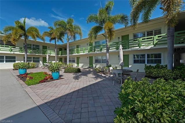 975 9th Ave S #13, Naples, FL 34102 (MLS #220020374) :: Kris Asquith's Diamond Coastal Group
