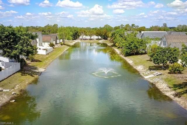 470 Leawood Cir, Naples, FL 34104 (MLS #220021223) :: Clausen Properties, Inc.
