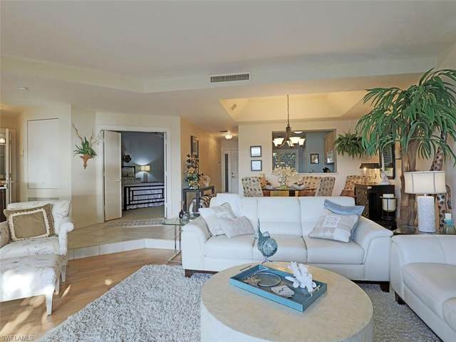 304 La Peninsula Blvd, Naples, FL 34113 (#220022362) :: Caine Premier Properties