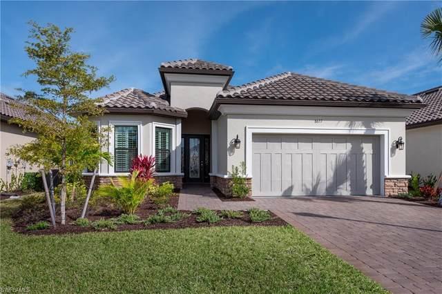 8677 Dilillo Ct, Naples, FL 34119 (#220022469) :: Caine Premier Properties