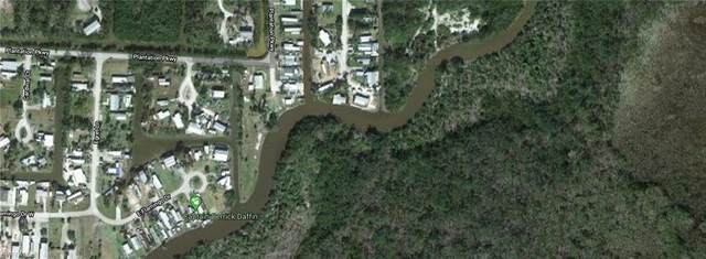 Spoonbill Ave, Everglades City, FL 34139 (MLS #220022725) :: Realty World J. Pavich Real Estate