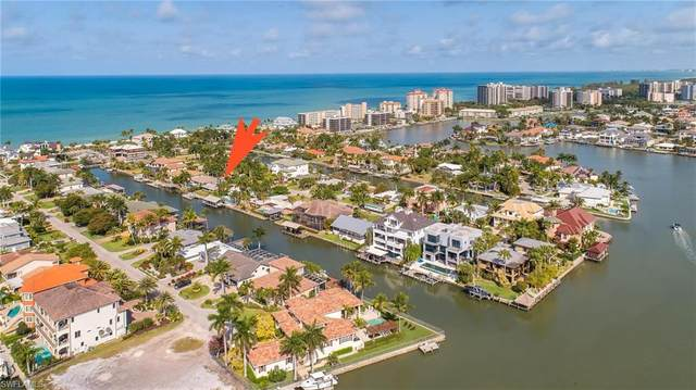 168 Channel Dr, Naples, FL 34108 (MLS #220022772) :: The Naples Beach And Homes Team/MVP Realty