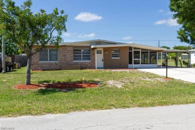 1110 Navajo Ave, Lehigh Acres, FL 33936 (MLS #220023120) :: Palm Paradise Real Estate