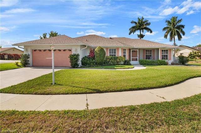 100 Chamonix Ct, Naples, FL 34112 (MLS #220023180) :: Sand Dollar Group