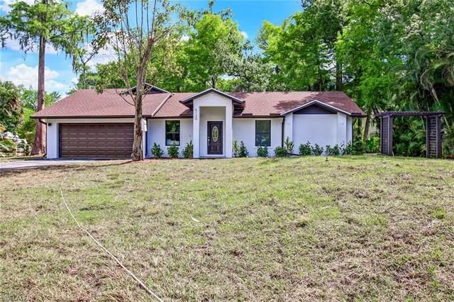 5130 Cherry Wood Dr, Naples, FL 34119 (MLS #220023404) :: Clausen Properties, Inc.