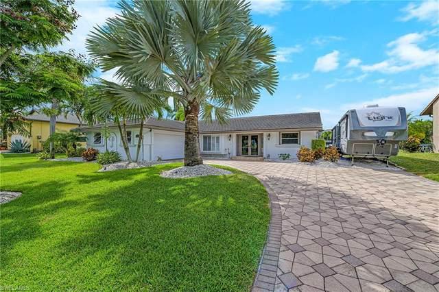 27126 Harbor Dr, Bonita Springs, FL 34135 (MLS #220023480) :: Eric Grainger | NextHome Advisors