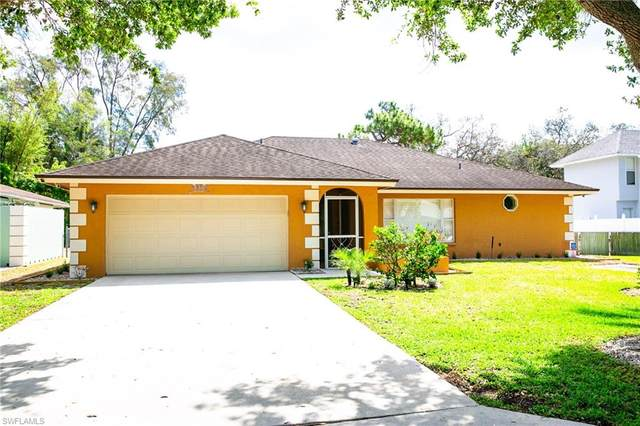 2560 11th Cir, Naples, FL 34103 (MLS #220024387) :: Clausen Properties, Inc.