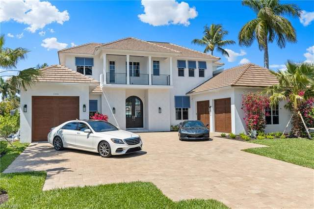 1501 Bluefin Ct, Naples, FL 34102 (MLS #220024588) :: #1 Real Estate Services