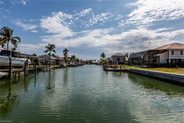 661 Amber Dr, Marco Island, FL 34145 (#220024672) :: Equity Realty