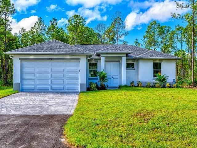 2891 Desoto Blvd S, Naples, FL 34117 (MLS #220024997) :: Dalton Wade Real Estate Group