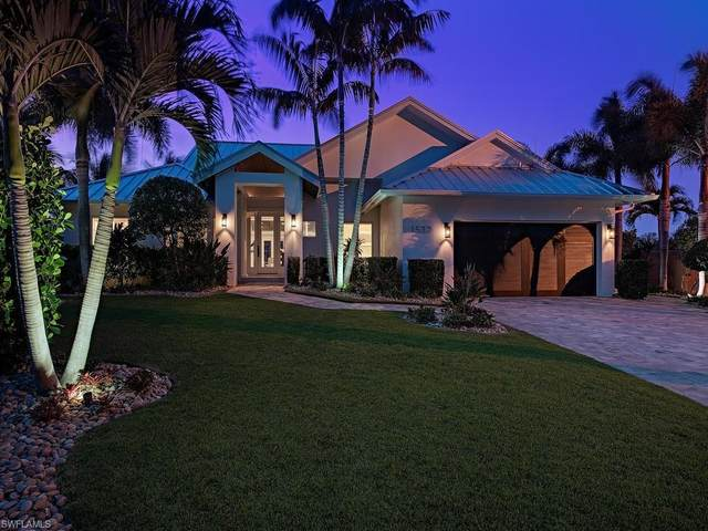 1520 Bonita Ln, Naples, FL 34102 (MLS #220026457) :: The Naples Beach And Homes Team/MVP Realty