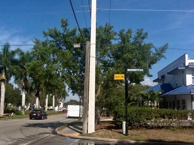 3132 Barrett Ave, Naples, FL 34112 (MLS #220026804) :: Clausen Properties, Inc.