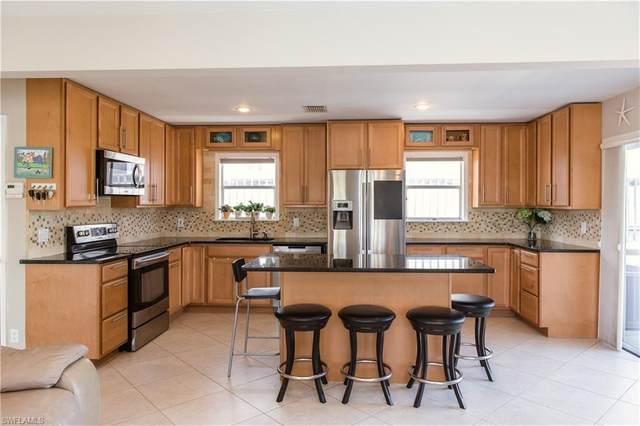 629 Palm Dr, Goodland, FL 34140 (MLS #220028679) :: Clausen Properties, Inc.