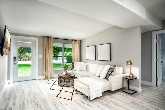 1303 Embassy Ln, Naples, FL 34104 (MLS #220029095) :: Dalton Wade Real Estate Group