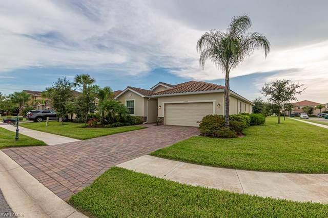 2407 Heydon Cir E, Naples, FL 34120 (MLS #220030010) :: Clausen Properties, Inc.