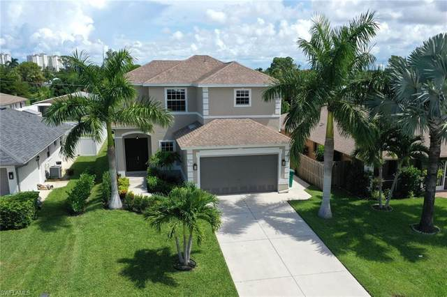 531 105th Ave N, Naples, FL 34108 (MLS #220031146) :: Clausen Properties, Inc.