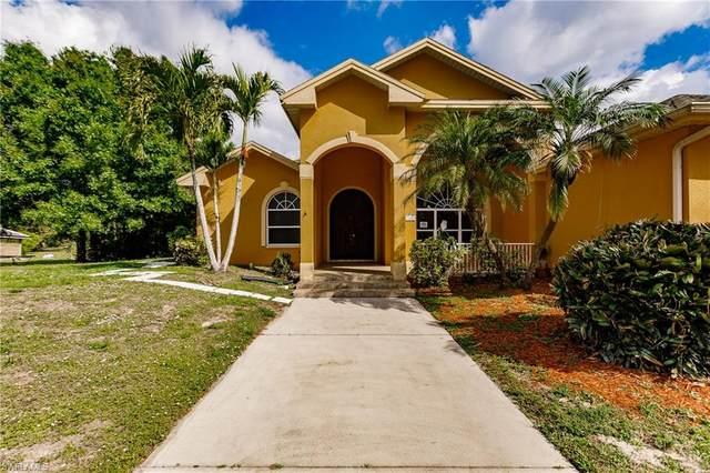 160 Logan Blvd S, Naples, FL 34119 (MLS #220031180) :: #1 Real Estate Services