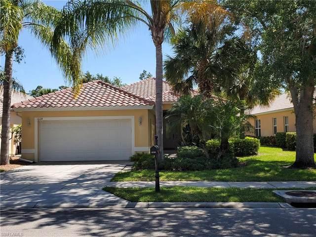 6124 Highwood Park Ln, Naples, FL 34110 (MLS #220031623) :: Florida Homestar Team