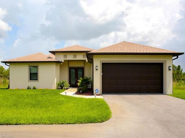 3645 62nd Ave NE, Naples, FL 34120 (#220031960) :: Caine Premier Properties