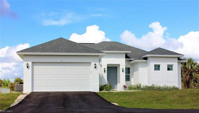 671 41st Ave NW, Naples, FL 34120 (MLS #220032802) :: Kris Asquith's Diamond Coastal Group