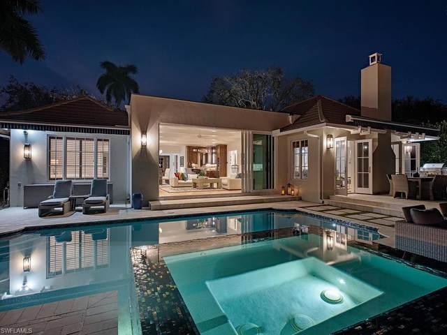 2640 Half Moon Walk, Naples, FL 34102 (#220032922) :: The Dellatorè Real Estate Group