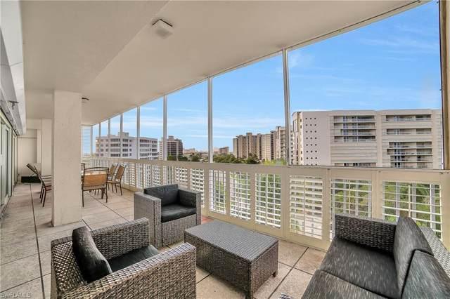 1 Bluebill Ave #803, Naples, FL 34108 (MLS #220033154) :: #1 Real Estate Services