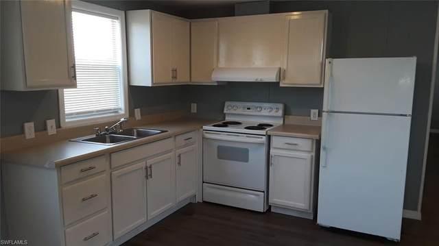 2417 8th Ct, Clewiston, FL 33440 (#220033419) :: The Dellatorè Real Estate Group