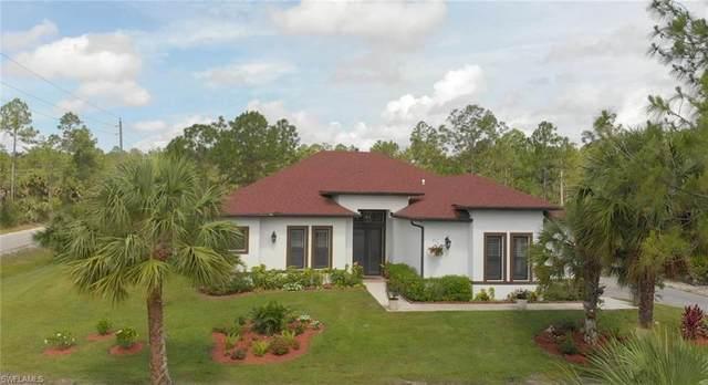 2523 4th St NW, Naples, FL 34120 (MLS #220033565) :: Kris Asquith's Diamond Coastal Group