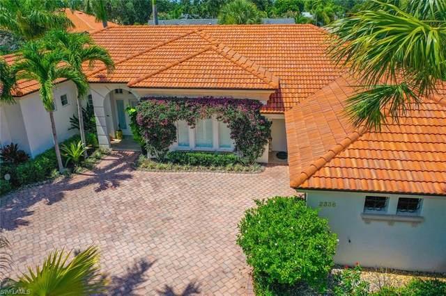 2336 Broadwing Ct, Naples, FL 34105 (#220034220) :: The Dellatorè Real Estate Group