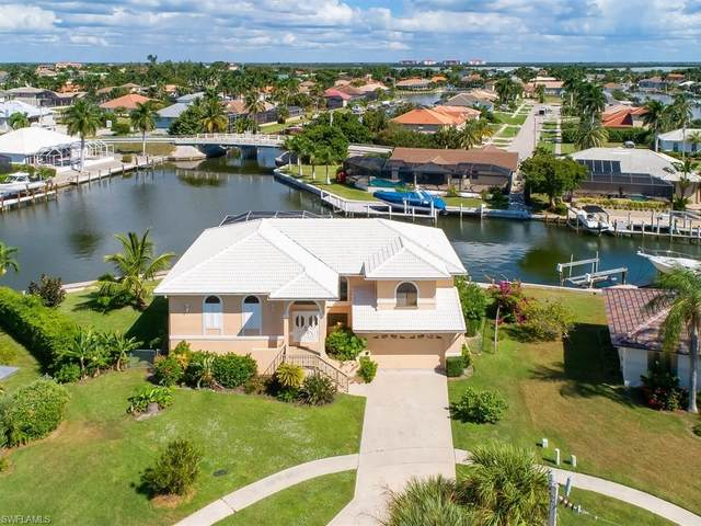 449 Capri Ct, Marco Island, FL 34145 (MLS #220034477) :: The Naples Beach And Homes Team/MVP Realty