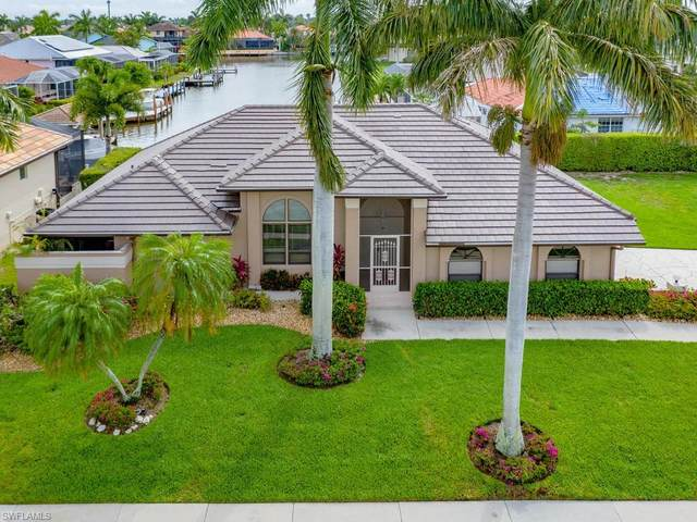 219 Copperfield Ct, Marco Island, FL 34145 (#220034926) :: Southwest Florida R.E. Group Inc