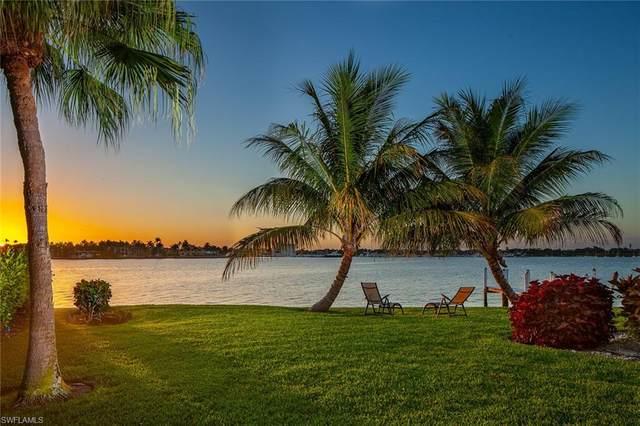 1630 Dolphin Ct, Naples, FL 34102 (#220034955) :: Caine Premier Properties