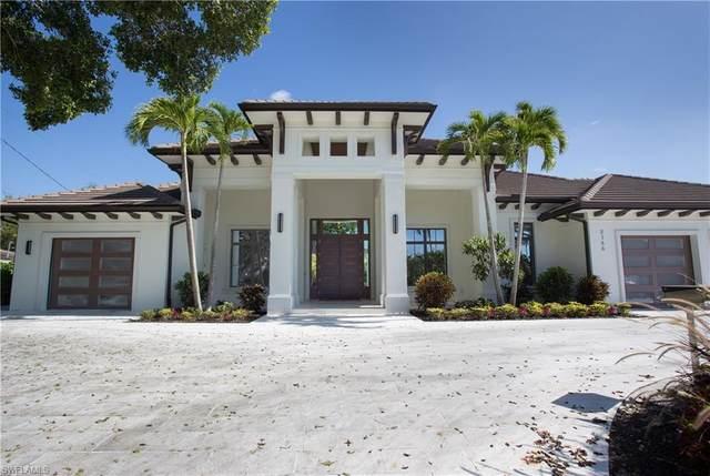750 Old Trail Dr, Naples, FL 34103 (#220035407) :: The Dellatorè Real Estate Group