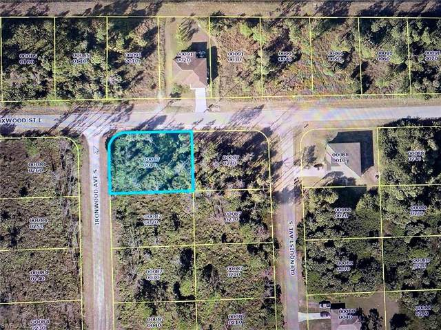 635 Ironwood Ave S, Lehigh Acres, FL 33974 (MLS #220035566) :: #1 Real Estate Services
