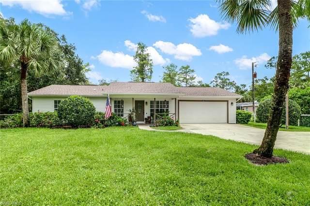 6241 Lancewood Way, Naples, FL 34116 (#220035633) :: Caine Premier Properties