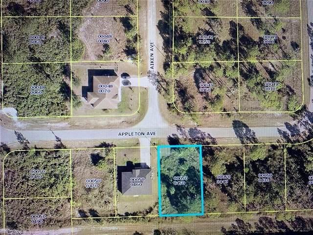 833 Appleton Ave, Lehigh Acres, FL 33974 (MLS #220035656) :: Kris Asquith's Diamond Coastal Group