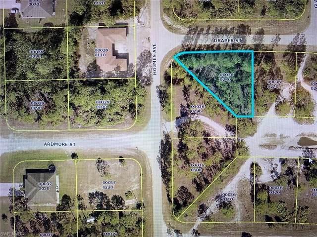 1010 Draper St, Lehigh Acres, FL 33974 (MLS #220035657) :: RE/MAX Realty Group