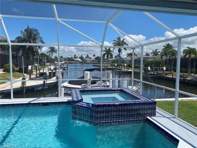101 Greenview St, Marco Island, FL 34145 (#220035689) :: Caine Premier Properties