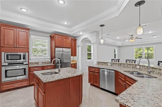 2911 Coco Lakes Dr, Naples, FL 34105 (#220037708) :: The Dellatorè Real Estate Group