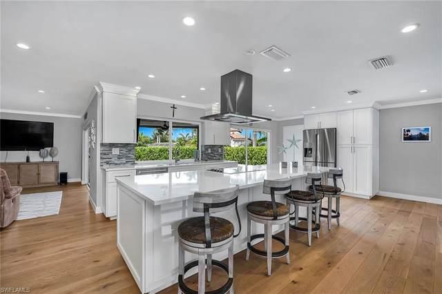 2140 Shad Ct, Naples, FL 34102 (#220038039) :: Caine Premier Properties