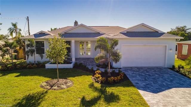 831 Palmetto Dr NE, Port Charlotte, FL 33952 (#220038204) :: The Dellatorè Real Estate Group