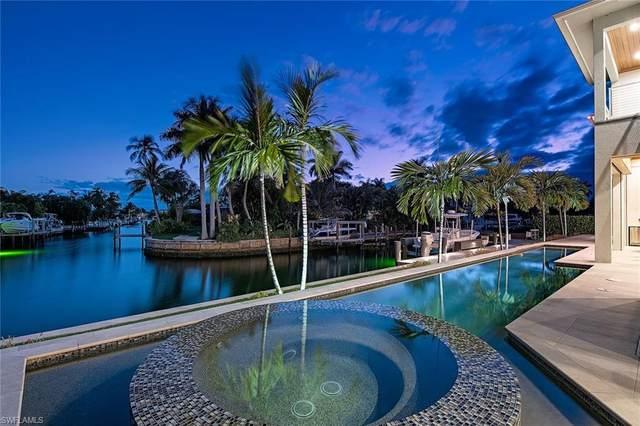1266 Cobia Ct, Naples, FL 34102 (#220038642) :: Caine Premier Properties