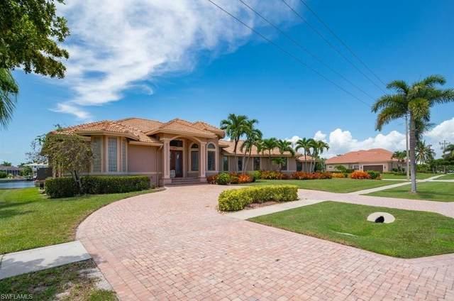 1490 Winterberry Dr, Marco Island, FL 34145 (MLS #220039787) :: Team Swanbeck