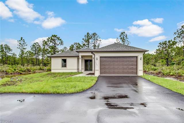 677 35th Ave NW, Naples, FL 34120 (MLS #220040182) :: RE/MAX Realty Group