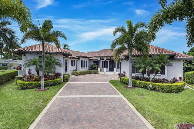 1260 Tuna Ct, Naples, FL 34102 (#220040278) :: Southwest Florida R.E. Group Inc