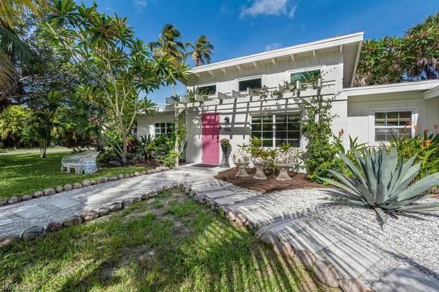 1996 Mullins St, Naples, FL 34112 (MLS #220040717) :: Clausen Properties, Inc.