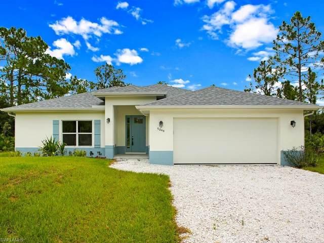 5044 42nd St NE, Naples, FL 34120 (MLS #220040888) :: Dalton Wade Real Estate Group